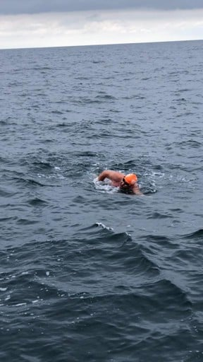 Relay Channel Swimmer Simon swimming in the Channel