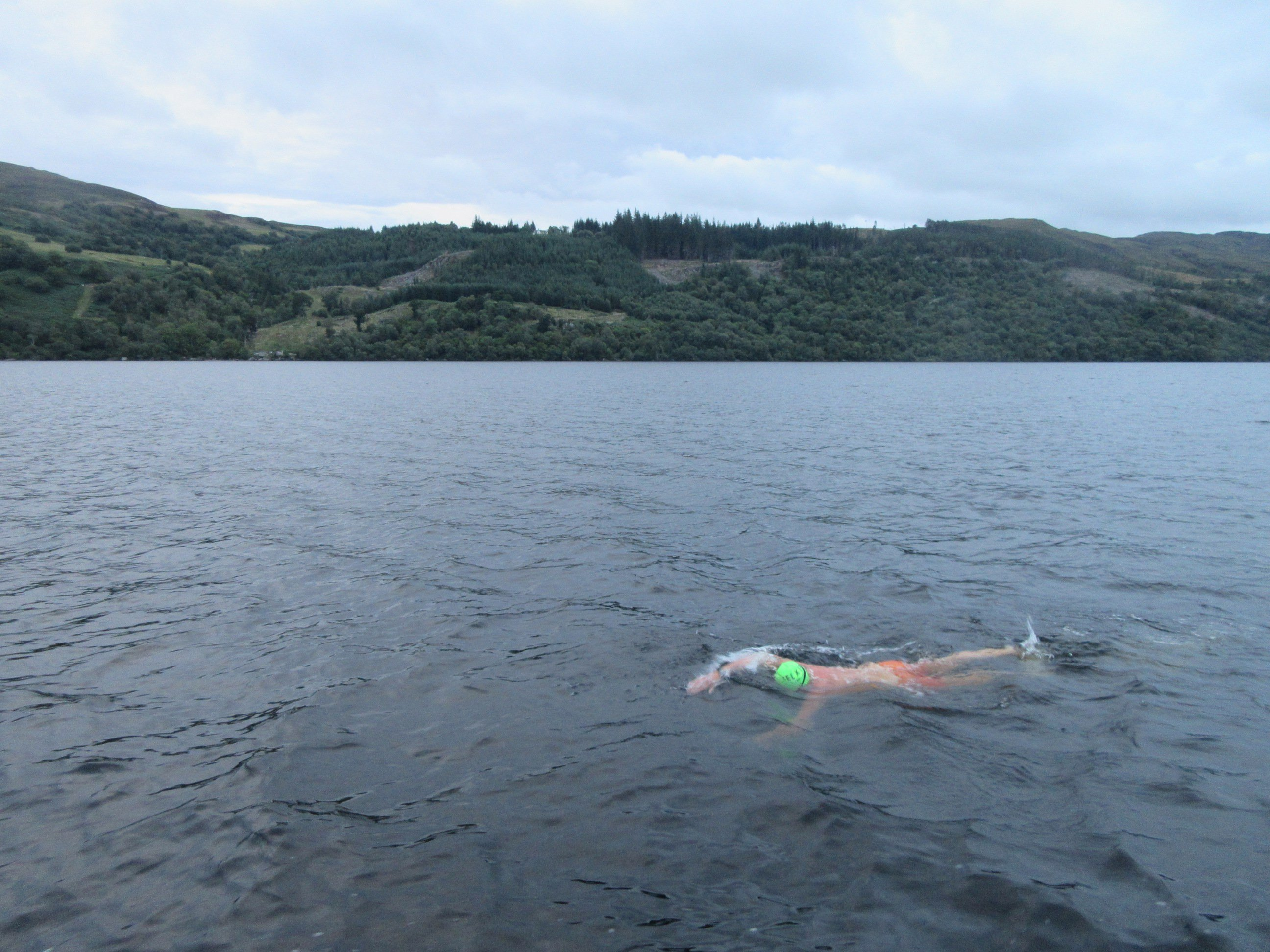 Aspire swimmer making his way across the Loch